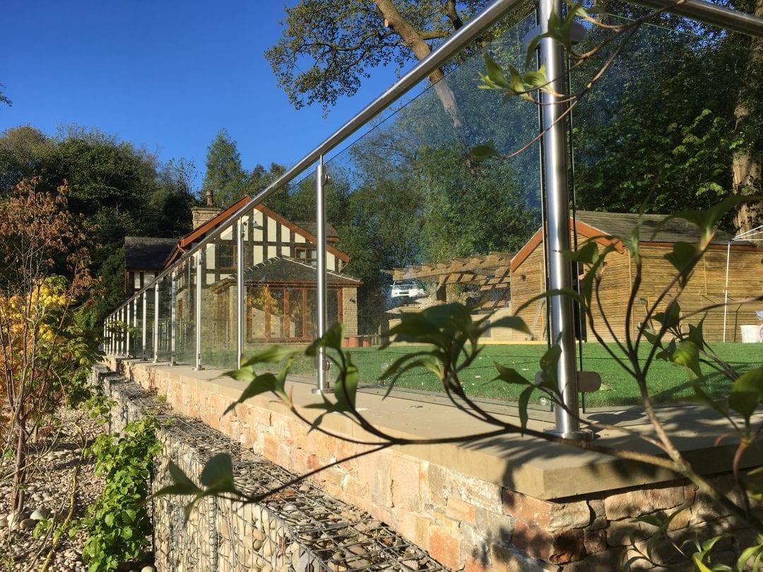 Large Terraced Garden- Bolton